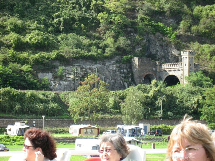0527_Rhone-Gorge-Koblenz_8-29_wm